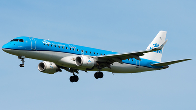 A picture of PHEZL - Embraer E190STD - KLM - © Wilko Doodhagen
