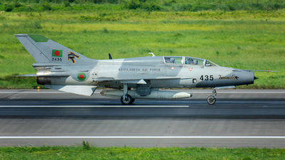 2435 - Chengdu FT-7B - Bangladesh - Air Force
