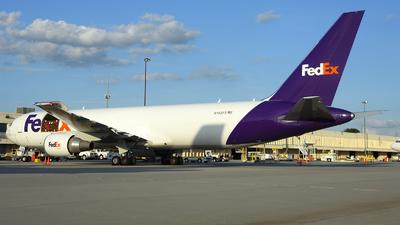 N158FE - Boeing 767-3S2F(ER) - FedEx