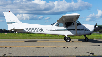 N9501W - Cessna 172R Skyhawk - Private