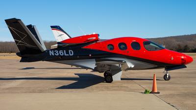 N36LD - Cirrus Vision SF50 G2 Arrivee - Private