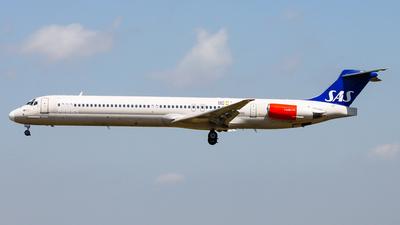 LN-RMO - McDonnell Douglas MD-82 - Scandinavian Airlines (SAS)