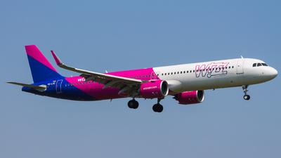 A picture of HALVC - Airbus A321271NX - Wizz Air - © Adam Szczepkowski