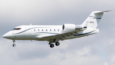 T7-ROK - Bombardier CL-600-2B16 Challenger 604 - Private