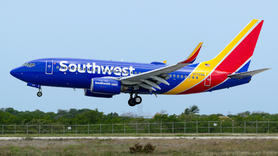 N770SA - Boeing 737-7H4 - Southwest Airlines