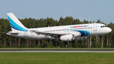 VQ-BZS - Airbus A320-232 - Yamal Airlines