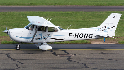 F-HONG - Cessna 172S Skyhawk SP - Private