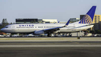 N77258 - Boeing 737-824 - United Airlines