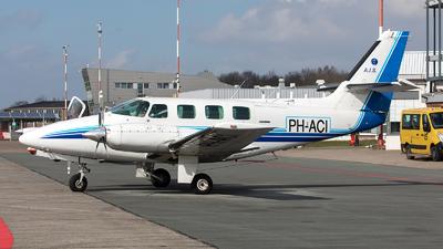 PH-ACI - Cessna T303 Crusader - AIS Vliegopleidingen