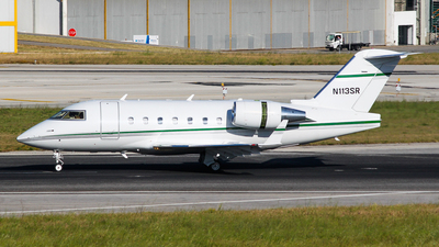 N113SR - Bombardier CL-600-2B16 Challenger 604 - Private