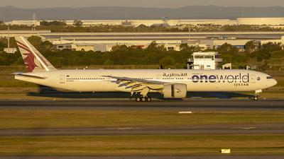A picture of A7BAG - Boeing 7773DZ(ER) - Qatar Airways - © Jon Logan