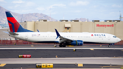 A picture of N818DA - Boeing 737932(ER) - Delta Air Lines - © Alexander Owen