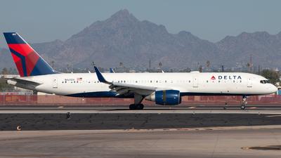 N822DX - Boeing 757-26D - Delta Air Lines