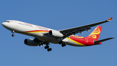 A picture of B5972 - Airbus A330343 - Hainan Airlines - © Li Youyang