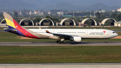 HL7741 - Airbus A330-323 - Asiana Airlines