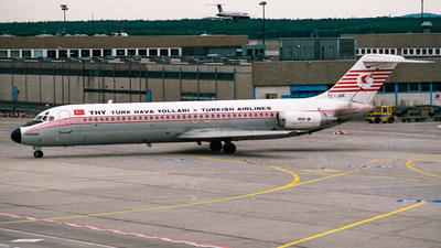TC-JAK - McDonnell Douglas DC-9-32 - THY Turkish Airlines