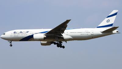 A picture of 4XECE - Boeing 777258(ER) - El Al - © Dream it possible.