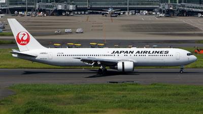 A picture of JA602J - Boeing 767346(ER) - Japan Airlines - © kouyagi
