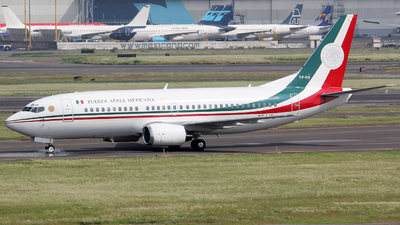 TP-03 - Boeing 737-322 - Mexico - Air Force