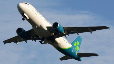 A picture of EIDES - Airbus A320214 - Aer Lingus - © Gary Oragano