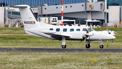 N400ER - Piper PA-42-1000 Cheyenne 400LS - Corporate Air