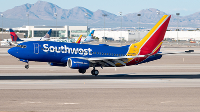 N455WN - Boeing 737-7H4 - Southwest Airlines