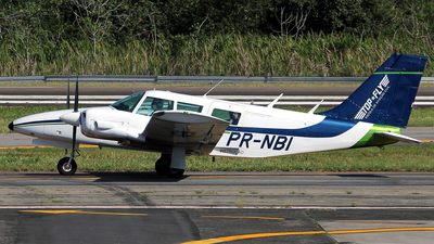 PR-NBI - Piper PA-34-200 Seneca - Mr Top Fly – Escola de Aviação Civil