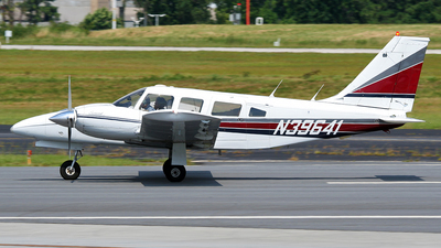 N39641 - Piper PA-34-200T Seneca II - Private