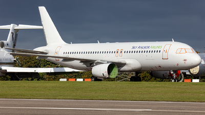 LY-NVY - Airbus A320-232 - Sky Angkor Airlines (Avion Express)