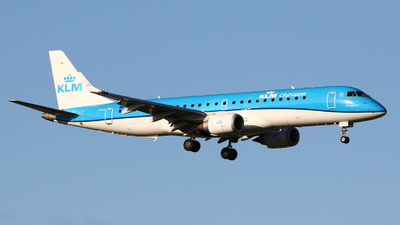 A picture of PHEXC - Embraer E190STD - KLM - © Mark de Bruijn