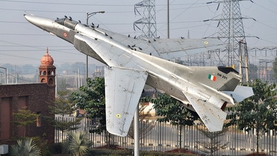 SM291 - Mikoyan-Gurevich MiG-23BN Flogger H - India - Air Force