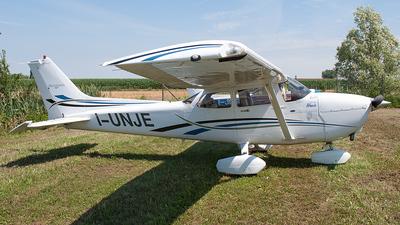 A picture of IUNJE - Cessna C172S - [172S10103] - © Andrea Buzzacchi
