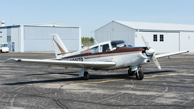 N8817P - Piper PA-24-260 Comanche - Private