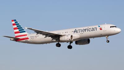 N972UY - Airbus A321-231 - American Airlines