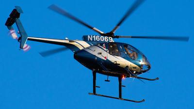 N16069 - McDonnell Douglas 369E - Omega Air