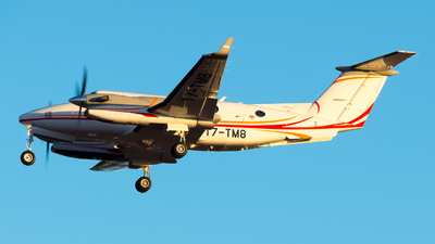 T7-TM8 - Beechcraft 300 Super King Air - Private