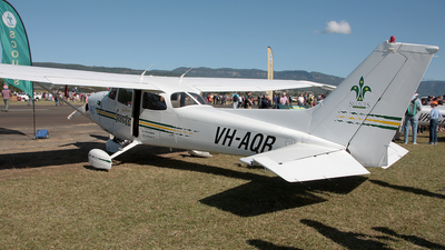 VH-AQR - Cessna 172R Skyhawk - The Scout Association of Australia, New South Wales Branch.