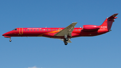 A picture of HL8358 - Embraer ERJ145LR - Korea Express Air - © Lee Jihun