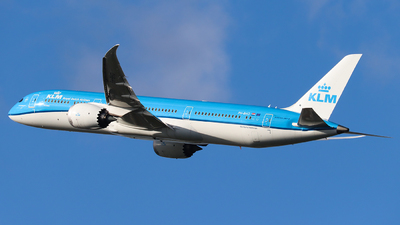 A picture of PHBHO - Boeing 7879 Dreamliner - KLM - © Joost Alexander