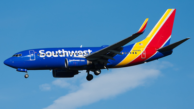 N414WN - Boeing 737-7H4 - Southwest Airlines