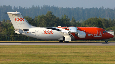 EC-MHR - British Aerospace BAe 146-300(QT) - TNT Airways (Pan Air Líneas Aéreas)