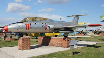 11 - Aero L-29 Delfin - Bulgaria - Air Force