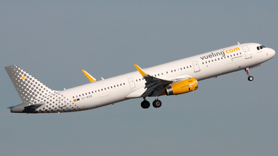 EC-MQB - Airbus A321-231 - Vueling Airlines
