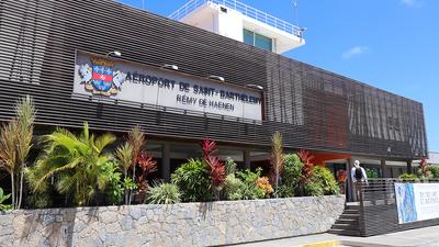 TFFJ - Airport - Terminal