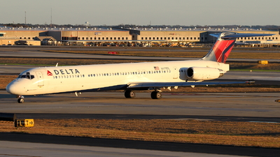 N979DL - McDonnell Douglas MD-88 - Delta Air Lines