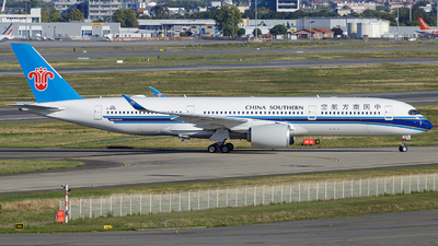 F-WZNX - Airbus A350-941 - China Southern Airlines
