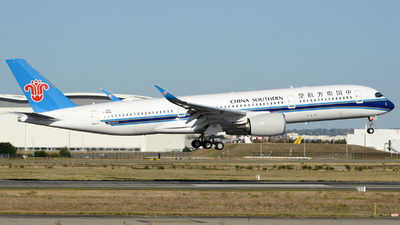 F-WZNB - Airbus A350-941 - China Southern Airlines