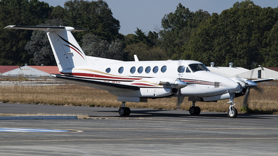 TG-FYL - Beechcraft 200 Super King Air - Private