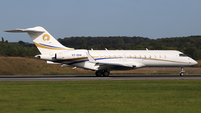 VT-DHA - Bombardier BD-700-1A10 Global Express - Private