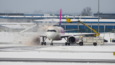 HA-LJE - Airbus A320-271N - Wizz Air
